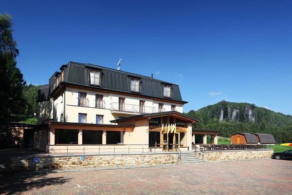 Hotel Ostrov****