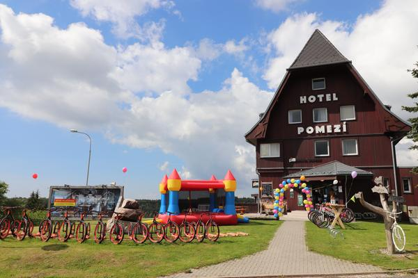Hotel a restaurace Pomezí Cínovec