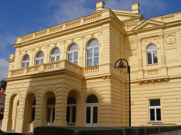Společenské, kongresové a seminární centrum Střelnice