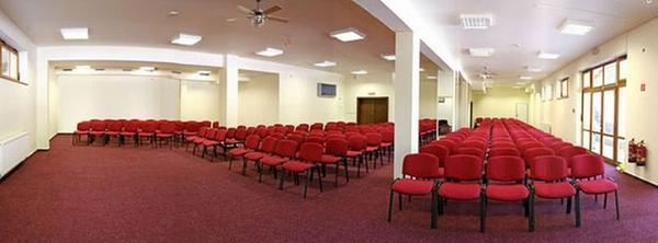 Konferenčná miestnost